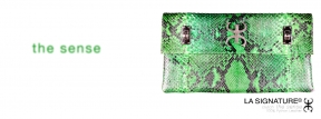 04 LA SIGNATURE ACCESSORIES- THE SENSE - CLUTCH GREEN